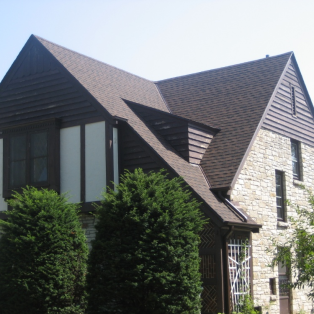 Burnt Sienna asphalt shingles Milwaukee
