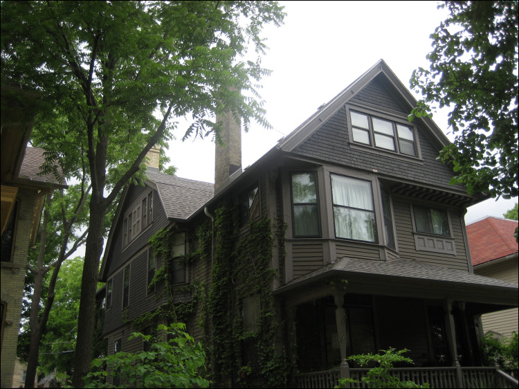 3 Story Milwaukee Home with new Certainteed Premium roof