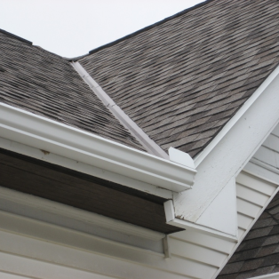 Gutter & downspout repair contractors Milwaukee, Wisconsin