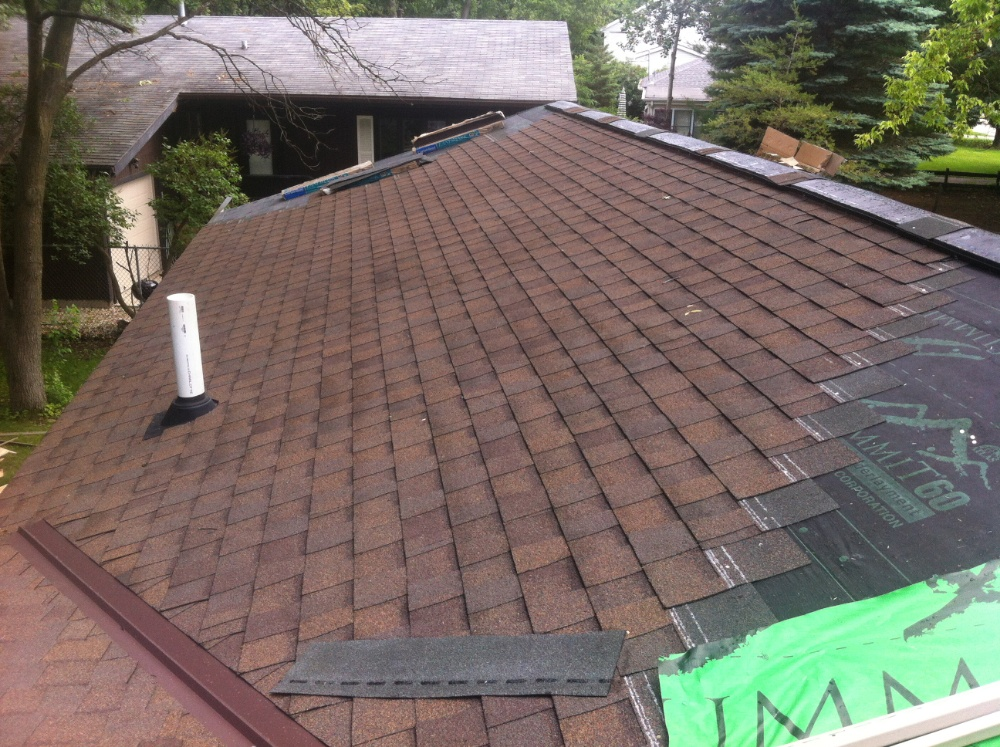 Asphalt shingle installation in Milwaukee